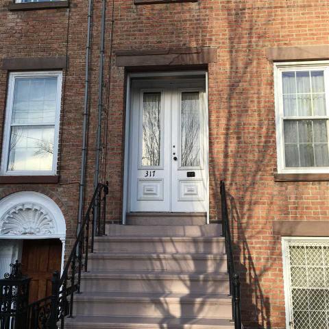317 Washington Ave, Albany, NY 12206