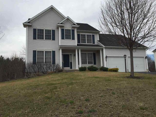 19 Charterpoint Rd, Watervliet, NY