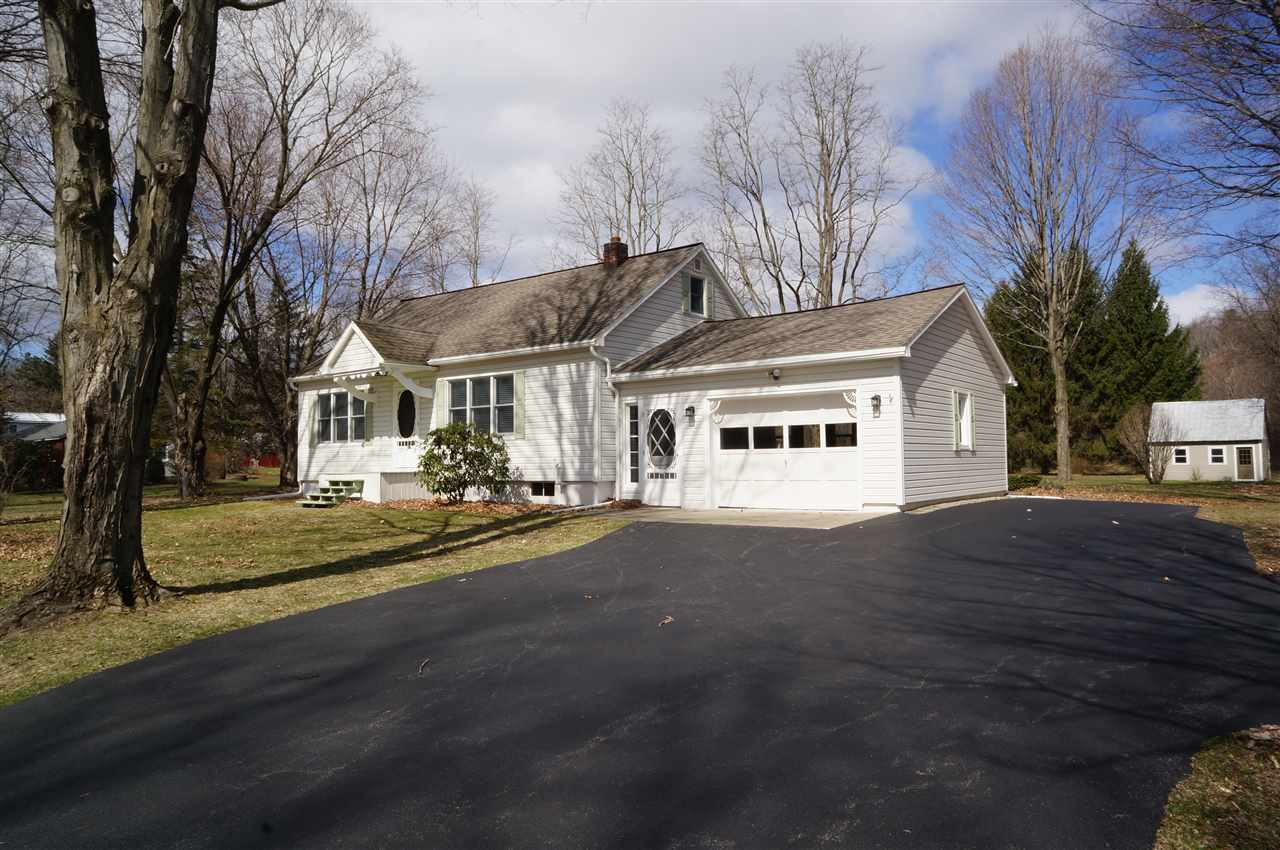 651 Macelroy Rd, Ballston Lake, NY