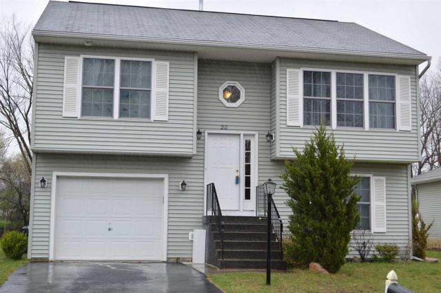 20 Red Oak Dr, Schenectady NY 12302