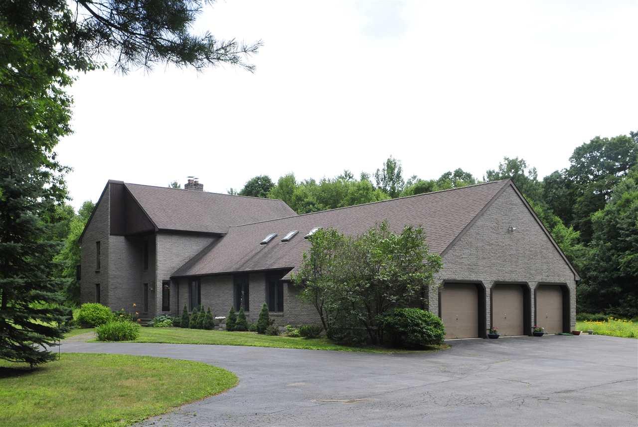 422 Crescent Ave, Saratoga Springs, NY