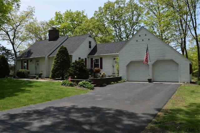 47 Mountainview Ter, Rensselaer, NY