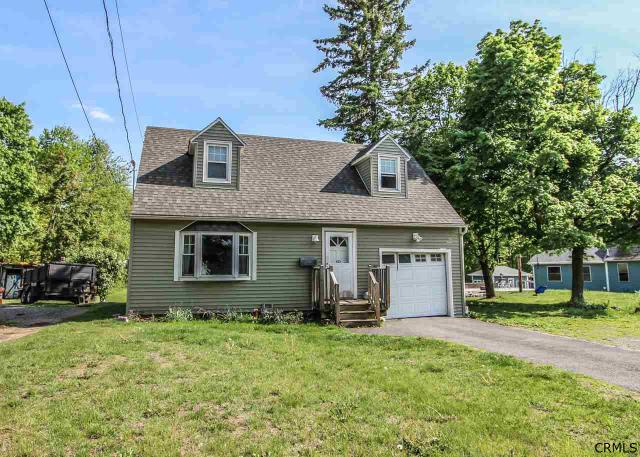 453 County Line Rd Schenectady, NY 12306