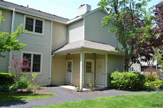 131 Monmouth Way, Clifton Park, NY