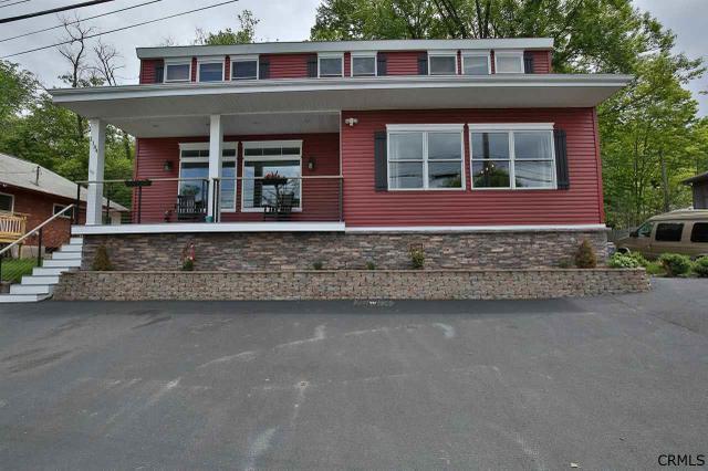 1184 Route 9 P, Saratoga Springs, NY