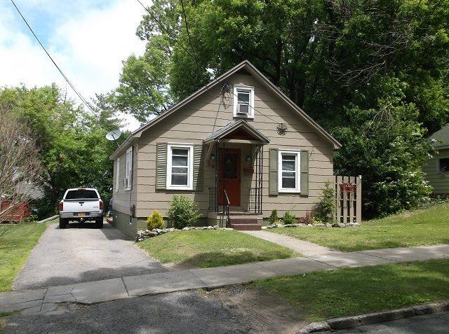 9 Griffin St Gloversville, NY 12078