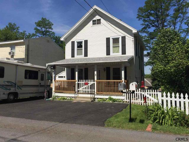 3 Clement Ave Schenectady, NY 12304