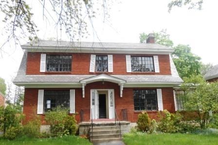 1718 Randolph Rd Schenectady, NY 12308
