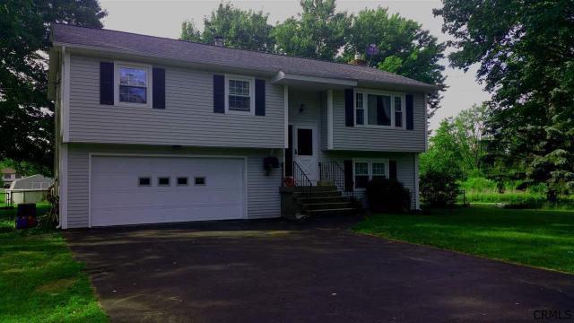 209 Morris Rd Schenectady, NY 12303