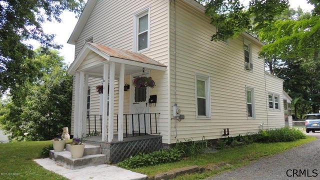 4 Hartford Ave, Glens Falls, NY 12801