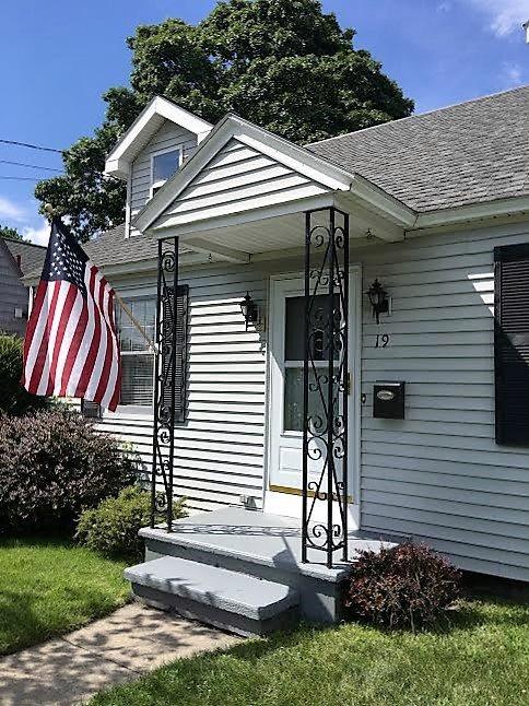19 Jackson Avenue, South Glens Falls, NY 12803