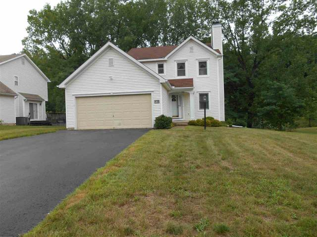 7 Trevor Ct, Clifton Park, NY 12065