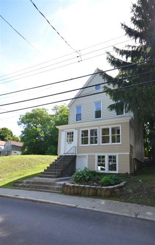 1410 2nd St, Rensselaer, NY 12144