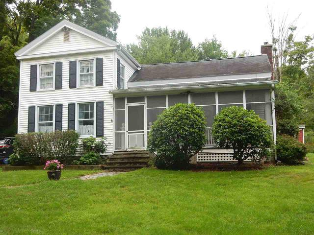 160 South Rd, Cropseyville, NY 12052