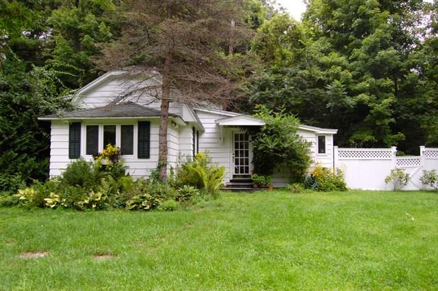 91 Old Queechy Rd, Canaan, NY 12029