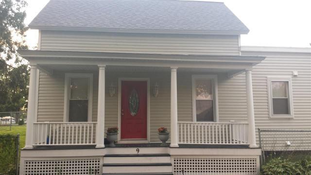 9 Champlain Rd, Stillwater, NY 12170