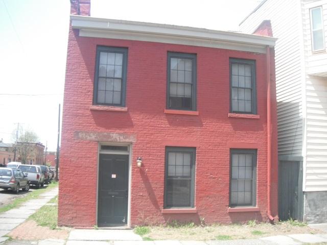 383 4th St, Troy, NY 12180