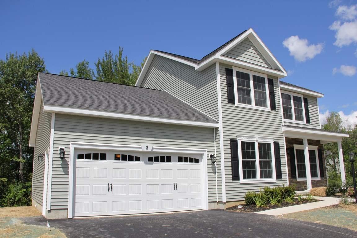 15 Birchwood Hills Drive, North Greenbush, NY 12180