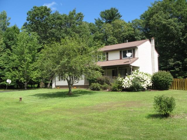 13 Norland Ct, Saratoga Springs, NY 12866