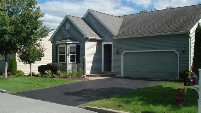 7 Wertime Ct, Cohoes, NY 12047