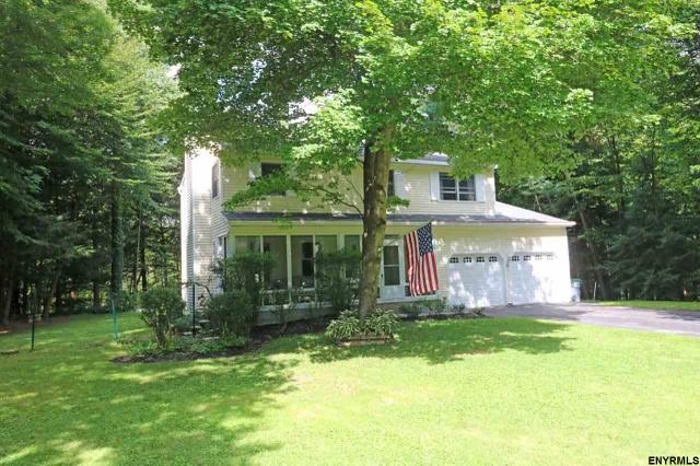 50 Rolling Hills Dr, Wilton, NY 12831