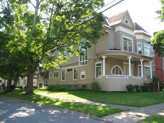 100 S William St, Johnstown, NY 12095
