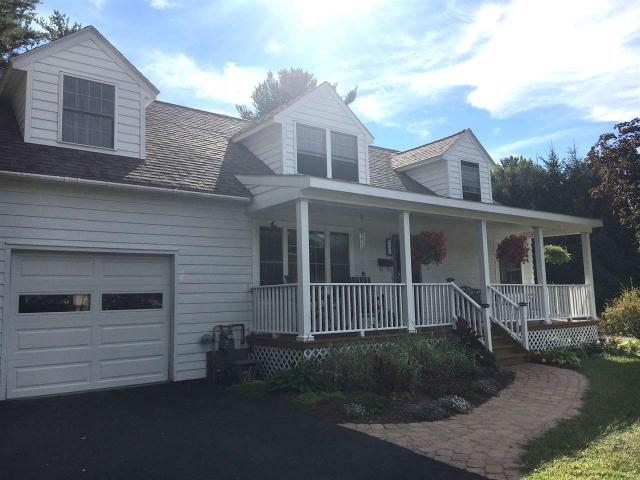 30 Harmon Rd, Glenville, NY 12302