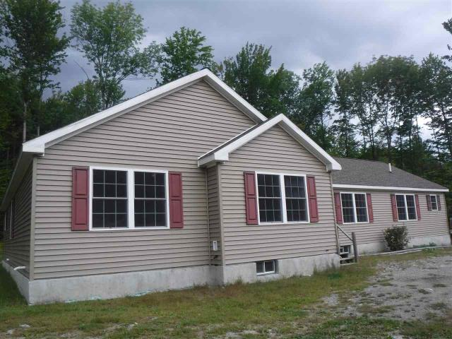 31 Notch La, Eagle Bridge, NY 12057