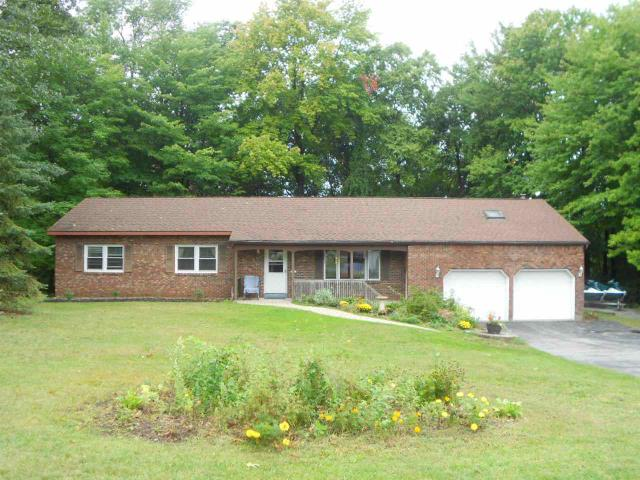 4 Huntington Pkwy, Ballston Lake, NY 12019