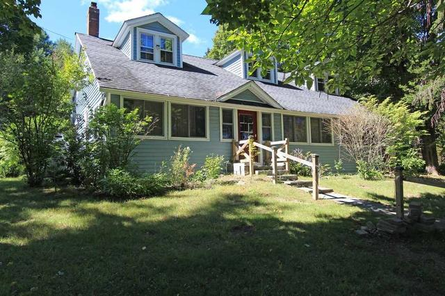 1547 County Route 21, Ghent, NY 12075