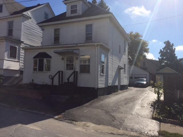 90 Willow Ave, Schenectady, NY 12304