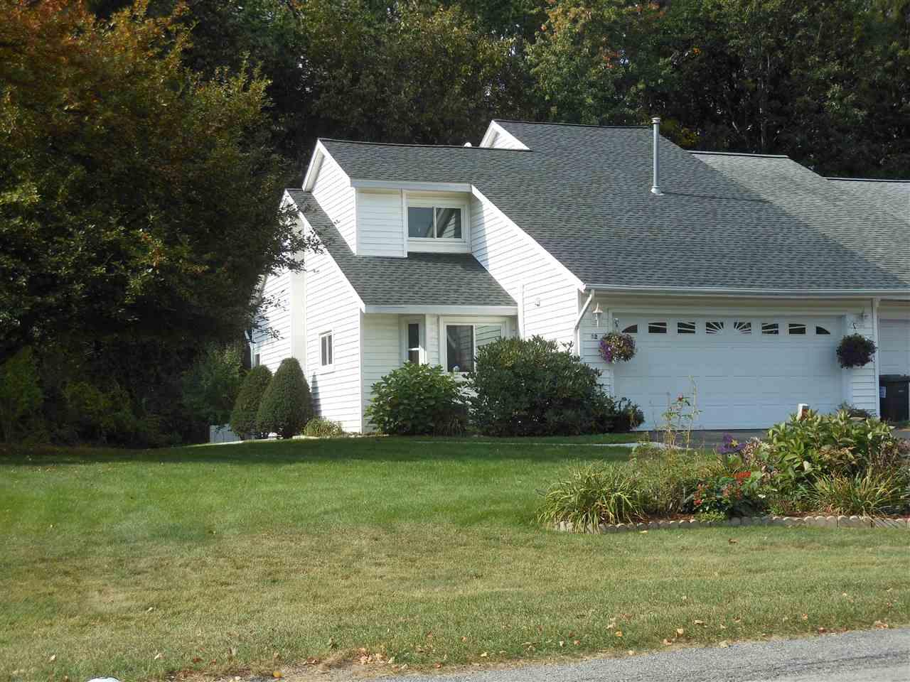 12 Green Meadow Dr, Clifton Park, NY 12065