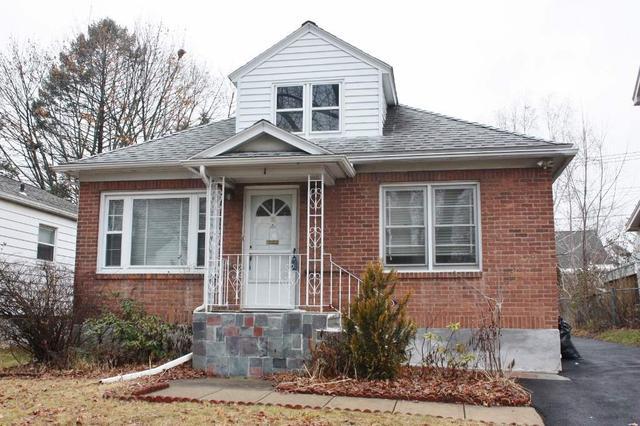 76 Van Schoick Ave, Albany, NY 12208