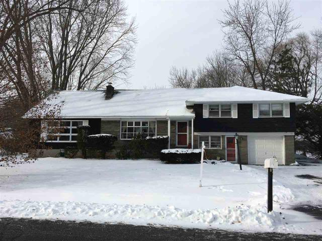 9 Bellaire Dr, Glenville, NY 12302