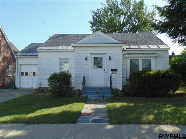 1614 Santa Fe St, Schenectady, NY 12303