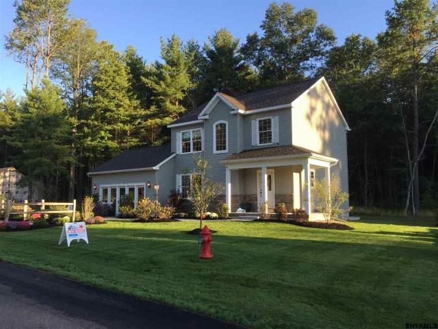 south glens falls big and beautiful singles 000 tamarac dr south glens falls single family home for sale in south glens traditional single family homes absolutely beautiful home sites.