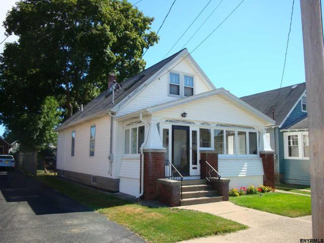 1617 Richard St, Schenectady, NY 12303