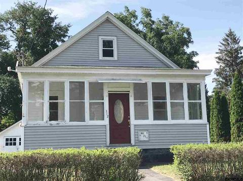 372 Bradford Rd, Schenectady, NY 12304