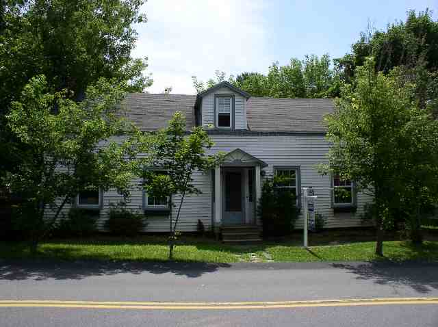 15 Willow St, Guilderland NY 12084