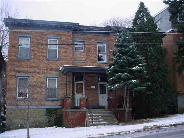52 Vliet St, Cohoes, NY 12047