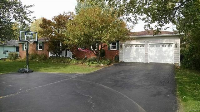 9060 County Rd, Clarence Center, NY 14032