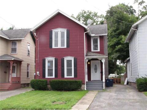 335 South St, Lockport, NY 14094