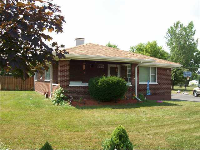 1146 Saunders Settlement Rd, Niagara Falls, NY