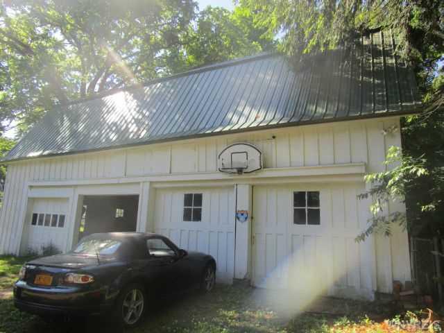 5 Prospect Ave, Springville NY 14141