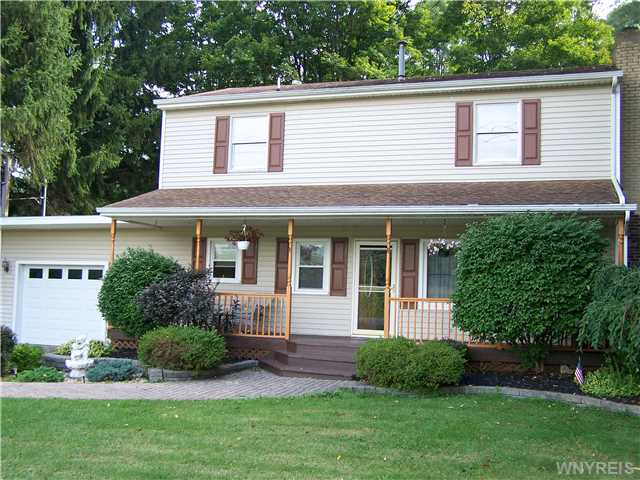 6813 Olean Rd, South Wales, NY