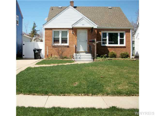216 Edgewood Ave, Buffalo, NY