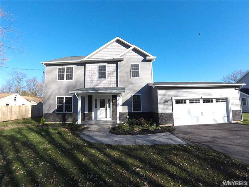 4929 Kraus Rd, Clarence, NY