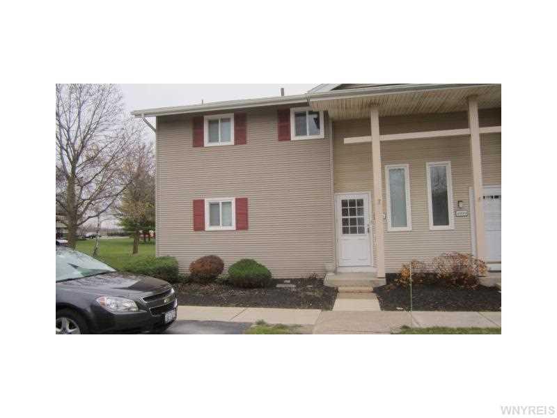4911 Tuscarora Rd, Niagara Falls, NY