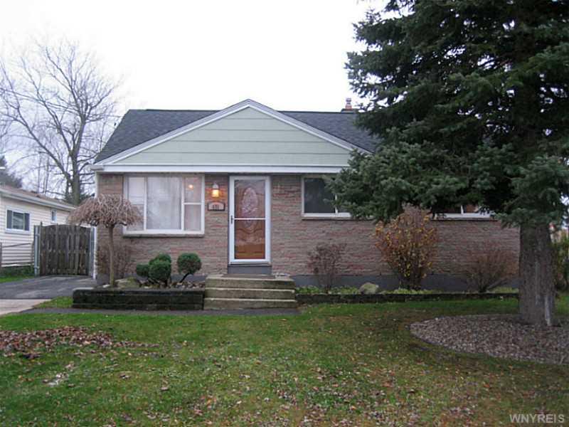 451 Cherokee Dr, Buffalo, NY