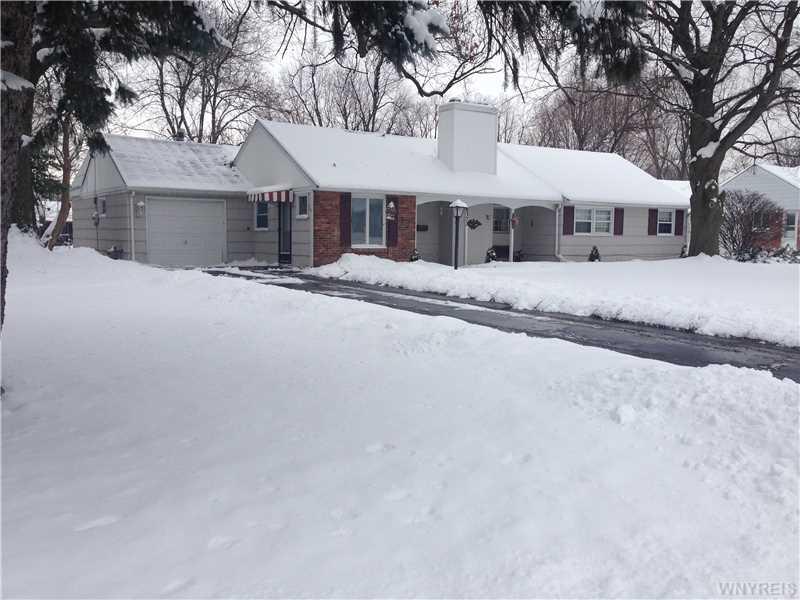 8372 Kimberly Rd, Buffalo, NY